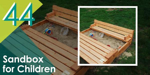 Keep your children occupied this summer with this DIY pallet sandbox!