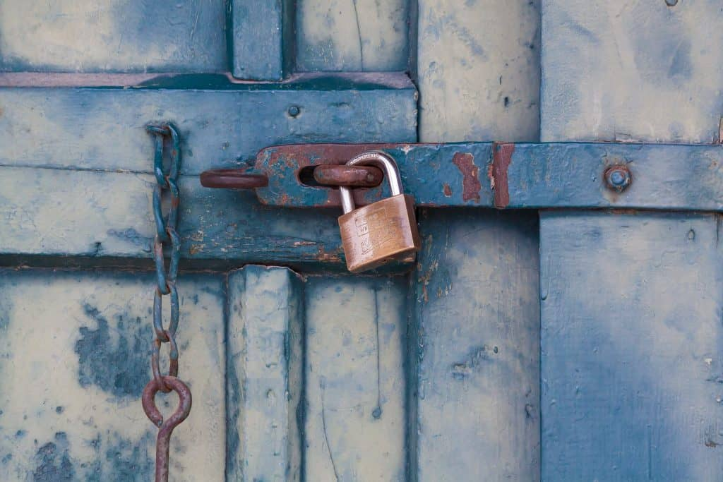 Five Clever Tips to Secure Your Log Cabin