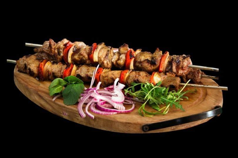 bbq-tools-accessories-essentials-8-skewers-and-shish-kebab