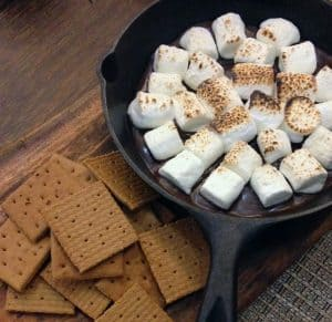 kid-friendly-bbq-party-ideas-1-smores-bar