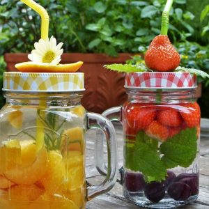 kid-friendly-bbq-party-ideas-4-colourful-fruity-drinks