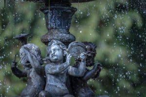 water-features-garden-5-cools-down-the-garden