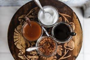 ten-summer-party-ideas-9-condiments