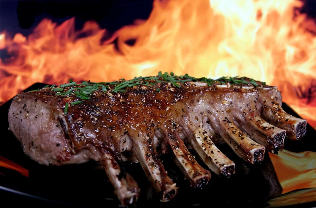 bank-holiday-barbecue-recipe-1-spicy-and-juicy-barbecue-ribs