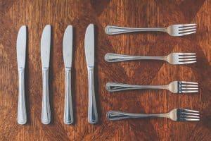 table-barbecue-safety-checklist-2-silverware