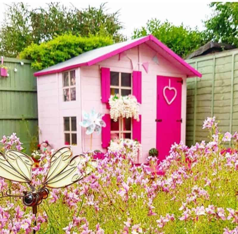 best-wooden-playhouse-4-pretty-and-pink