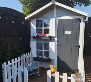 best-wooden-playhouse-5-hunters-hutch