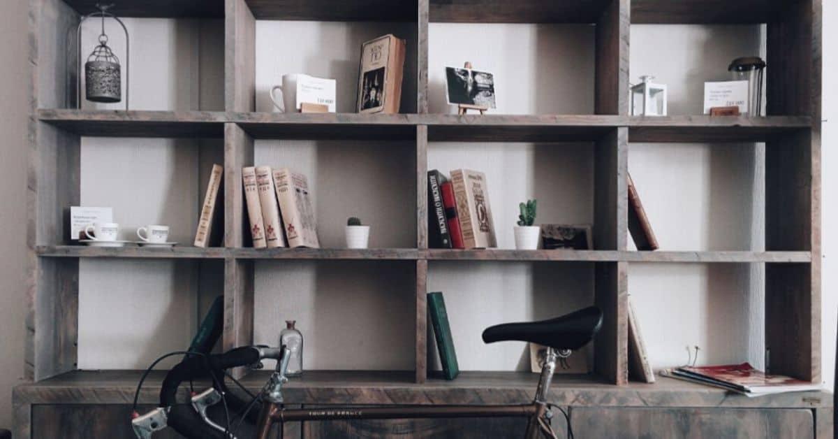 12-shed-storage-ideas-featured-image-unsplash