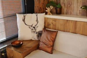 log-cabin-decor-ideas-2-rustic-design-consider-natural-materials-pexels