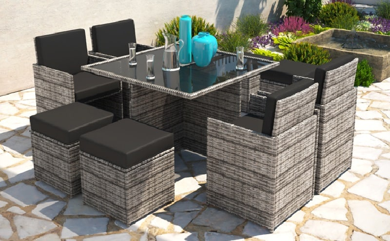prepare-patio-for-bbq-3-think-about-tables-and-chairs