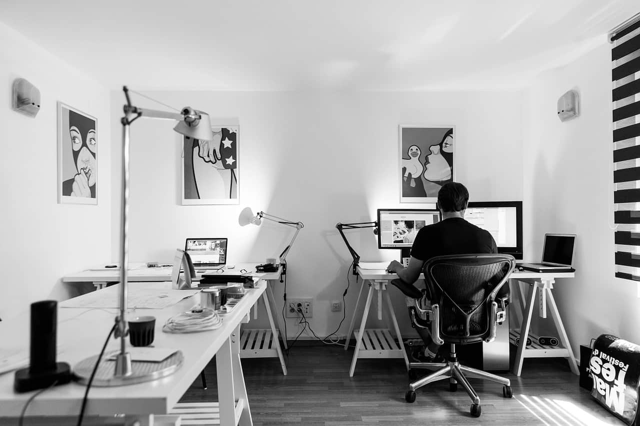 productive-home-office-setup-4-put-up-sufficient-lighting-unsplash