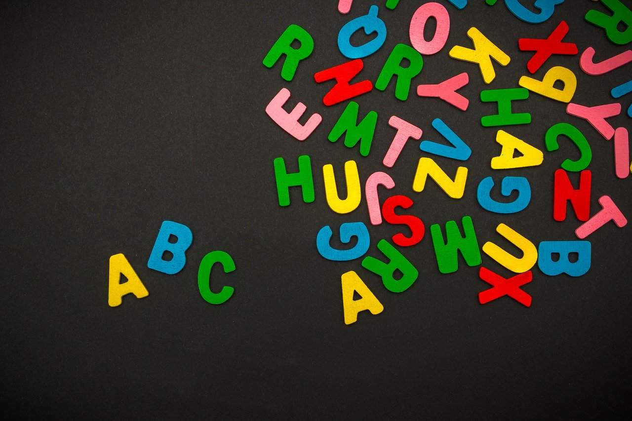 best-sensory-activities-children-6-alphabet-ice-shaving-cream-pixabay