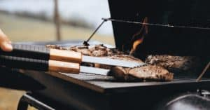 Gas versus Charcoal BBQs