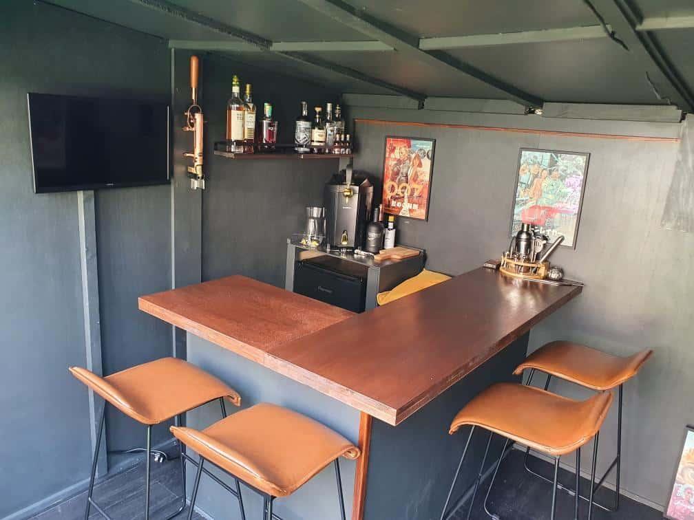 @housecapades_london BillyOh Bella Summerhouse interior home bar