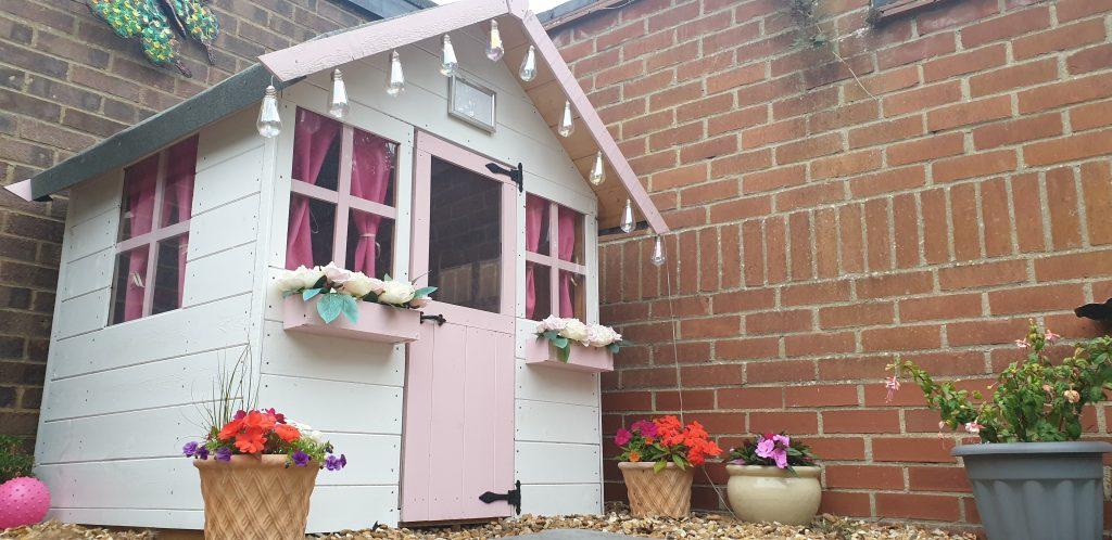 BillyOh bunny max playhouse exterior pink