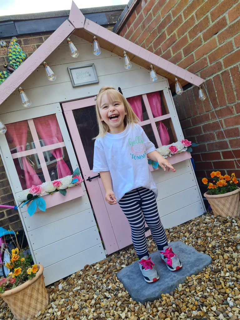 BillyOh Playhouse with child