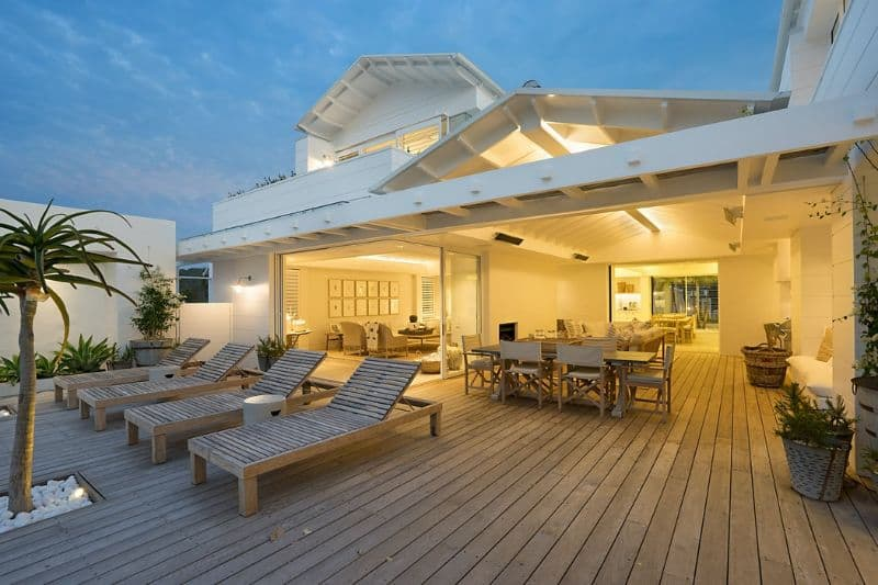 Extended outdoor living space