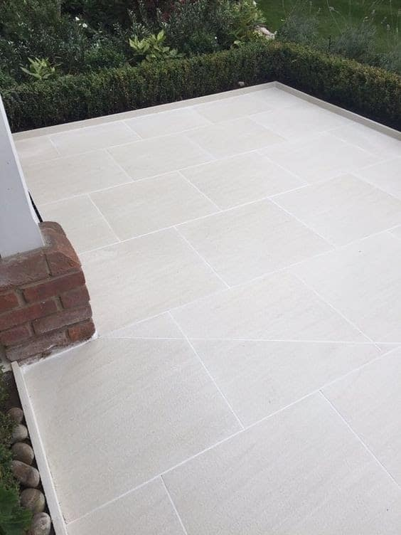 A clean and pleasing to eye sandy white porcelain paving