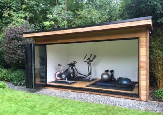 A simple and small garden gym set-up