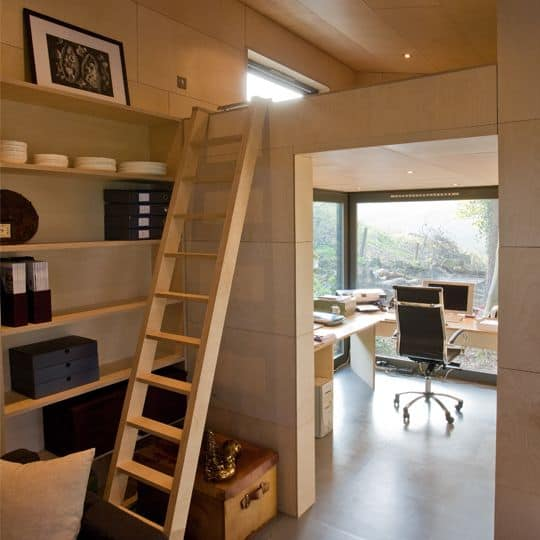 Insulated garden office for all-year-round use