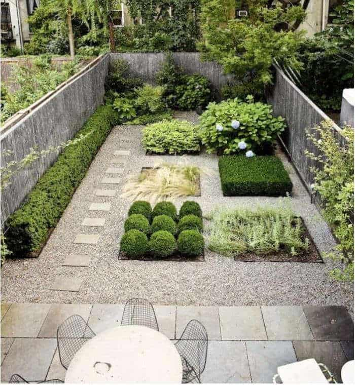 Quadrilateral garden theme