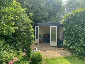 Farayi's BillyOh Penton Corner Summerhouse1