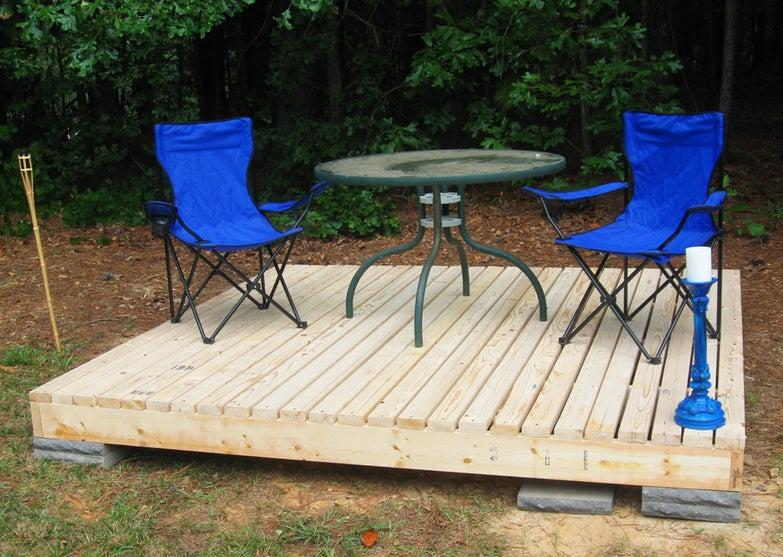 simple floating deck with camp chairs