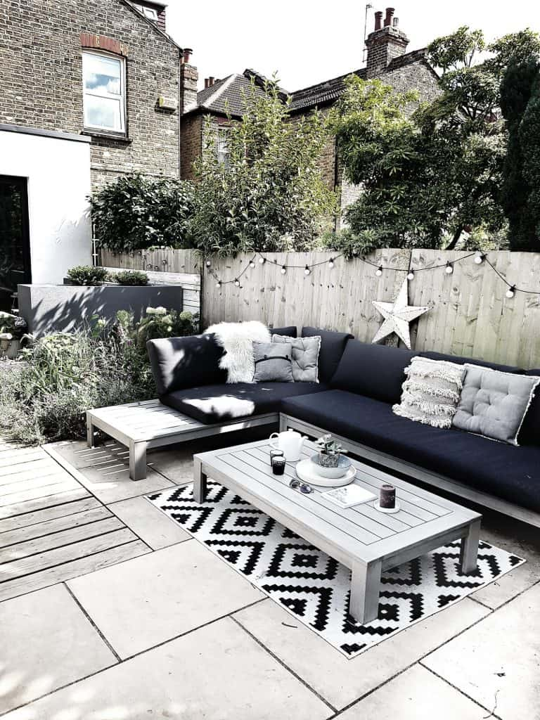 black and white modern outdoor design
