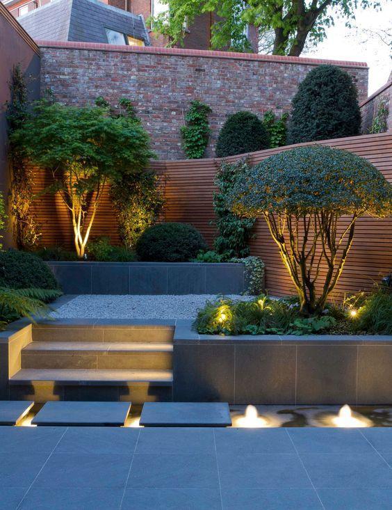 modern backyard lighting