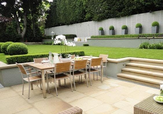 Split level outdoor dining setup
