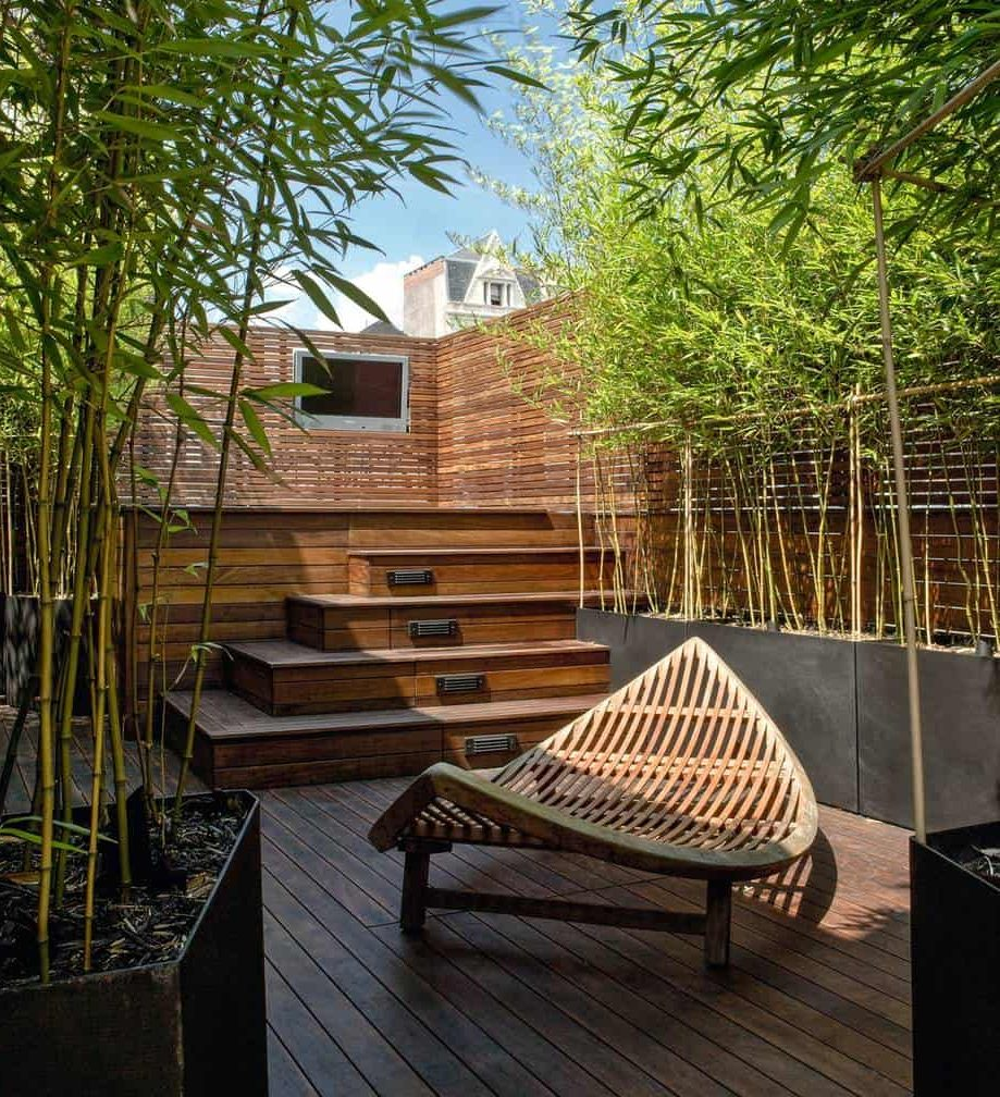 Bamboo roof style garden space