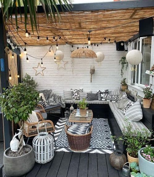 Huge balcony with pergola