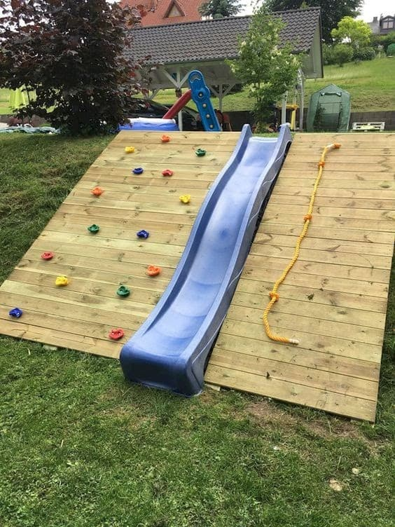 Slope garden with slide