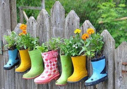 Boot hanging pots