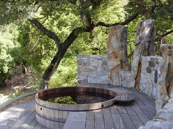 Redwood hot tub style