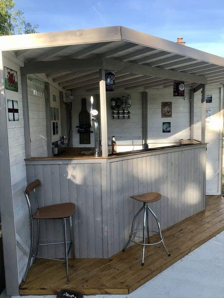 Corner bar with bar stools and tall chairs