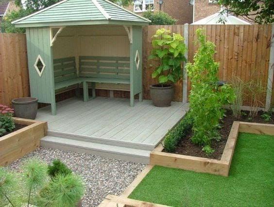 Simple deck arbour