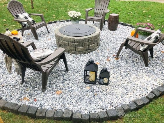 DIY fire pit with lid