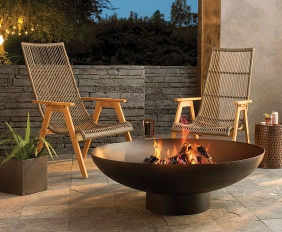 Simple copper fire pit setup