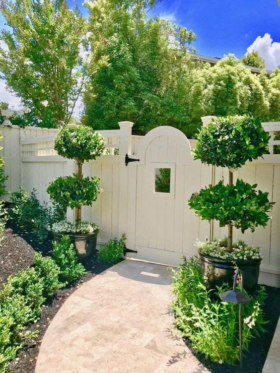 Modern white garden entrance
