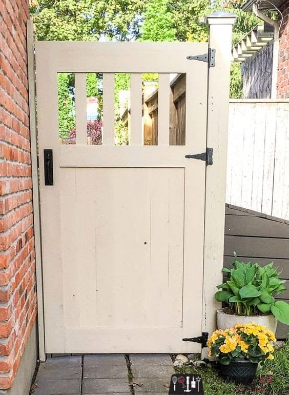 DIY wooden gate ideal for small gardens