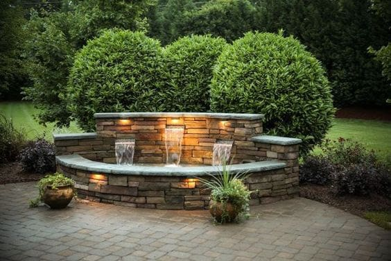 Aesthetic water feature