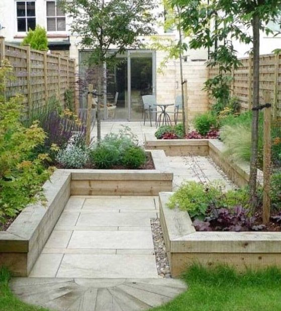 An alternative-shaped flower beds