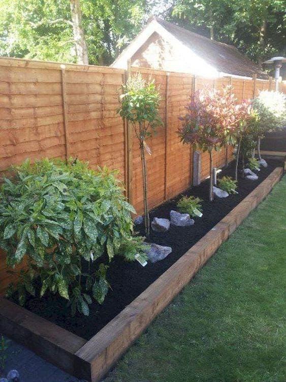 Side garden bed along the long edges of the garden