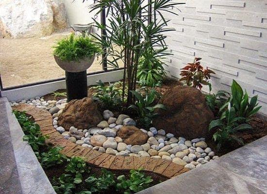 Indoor rock garden