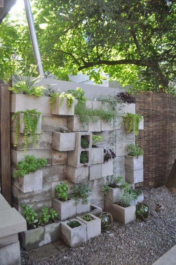 Cinder blocks vertical garden