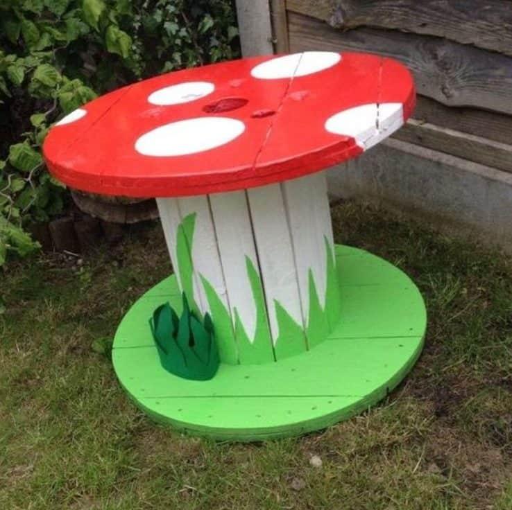 DIY mushroom cartwheel