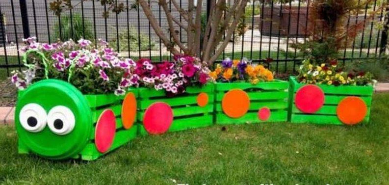 Flower planter caterpillar
