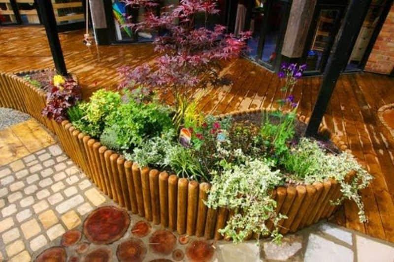 Colourful garden bed