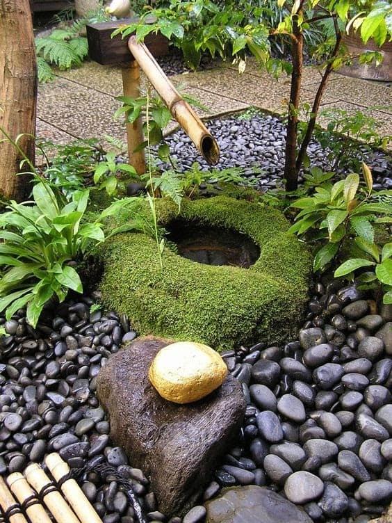 Small bamboo fountain